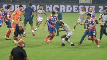 Briga generalizada ocorreu ao término da decisão do torneio