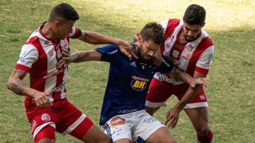 Náutico e Cruzeiro fazem uma das partidas de abertura da 19ª rodada da Série B do Campeonato Brasileiro.