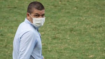 Campeão da Série B com a Chapecoense, Umberto Louzer é bom nome para o Sport.