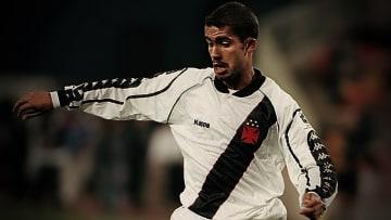 O ex-lateral foi uma das maiores revelações do Vasco nos anos 90.