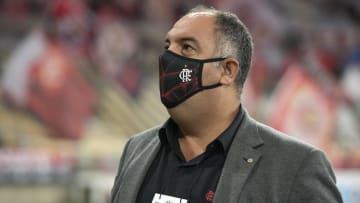 """""""Operação Maicon"""", ex-São Paulo, custaria R$ 600 mil por mês ao Flamengo. Marcos Braz e clube não se empolgaram com o negócio."""