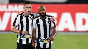 Botafogo busca seu primeiro triunfo fora de casa no Brasileirão Série B