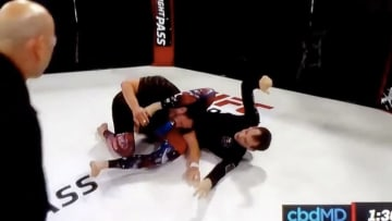Ben Egli outwits Jake Ellenberger and forces him to tap out at Chael Sonnen's Submission Underground event Sunday