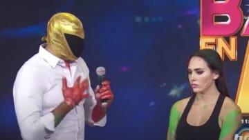Tinieblas Jr. no tuvo opción y se disculpó con su compañera