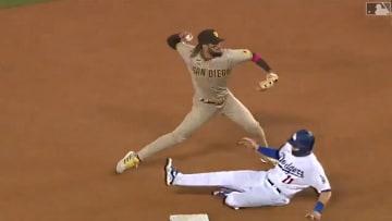 Fernando Tatis Jr. turns double play against the Dodgers
