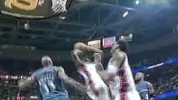 LeBron James on the Cleveland Cavaliers his rookie season.