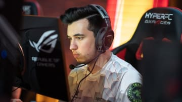 "Cloud9 signed Özgür ""woxic"" Eker to its Counter-Strike: Global Offensive roster, and is the third acquisition by Henry ""HenryG"" Greer."