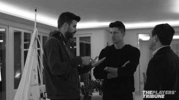 Gerard Piqué and  Robert Lewandowski Talk about Playing for National Teams