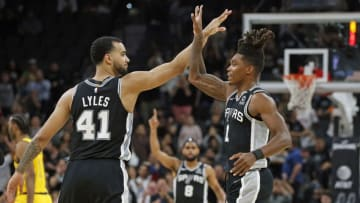 SAN ANTONIO, TX - MARCH 02: Trey Lyles #41 of the San Antonio Spurs congratulates Lonnie Walker #1 after hitting a three against the Indiana Pacers during first half action at AT&T Center (Photo by Ronald Cortes/Getty Images)