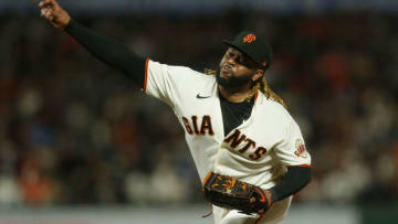 SAN FRANCISCO, CALIFORNIA - SEPTEMBER 30: Johnny Cueto #47 of the San Francisco Giants pitches against the Arizona Diamondbacks at Oracle Park on September 30, 2021 in San Francisco, California. (Photo by Lachlan Cunningham/Getty Images)