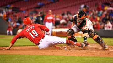 CINCINNATI, OH - MAY 5: Catcher Buster Posey #28 of the San Francisco Giants tags out Joey Votto #19 of the Cincinnati Reds at home plate in the second inning after Votto tried to score from second base at Great American Ball Park on May 5, 2017 in Cincinnati, Ohio. (Photo by Jamie Sabau/Getty Images)
