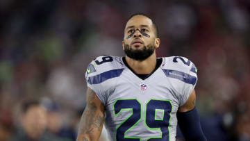 GLENDALE, AZ - OCTOBER 23: Free safety Earl Thomas #29 of the Seattle Seahawks on the sidelines during the NFL game against the Arizona Cardinals at the University of Phoenix Stadium on October 23, 2016 in Glendale, Arizona. (Photo by Christian Petersen/Getty Images)