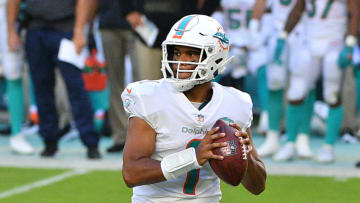 MIAMI GARDENS, FLORIDA - NOVEMBER 01: Tua Tagovailoa #1 of the Miami Dolphins looks to pass in the fourth quarter against the Los Angeles Rams at Hard Rock Stadium on November 01, 2020 in Miami Gardens, Florida. (Photo by Mark Brown/Getty Images)