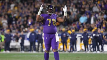 LOS ANGELES, CALIFORNIA - NOVEMBER 25: Offensive tackle Orlando Brown #78 of the Baltimore Ravens celebrates after a touchdown against the Los Angeles Rams at Los Angeles Memorial Coliseum on November 25, 2019 in Los Angeles, California. (Photo by Leon Bennett/Getty Images)