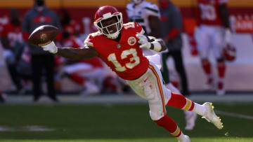 KANSAS CITY, MISSOURI - NOVEMBER 01: Byron Pringle #13 of the Kansas City Chiefs tries for a catch against the New York Jets during their NFL game at Arrowhead Stadium on November 01, 2020 in Kansas City, Missouri. (Photo by Jamie Squire/Getty Images)