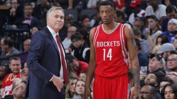 SACRAMENTO, CA - APRIL 9: Head coach Mike D'Antoni of the Houston Rockets coaches Troy Williams