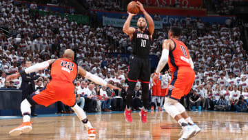 OKLAHOMA CITY, OK - APRIL 23: Eric Gordon #10 of the Houston Rockets shoots the ball against the Oklahoma City Thunder during Game Four of the Western Conference Quarterfinals of the 2017 NBA Playoffs on April 23, 2017 at Chesapeake Energy Arena in Oklahoma City, Oklahoma. (Photo by Nathaniel S. Butler/NBAE via Getty Images)