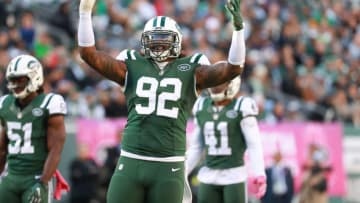 EAST RUTHERFORD, NJ - OCTOBER 23: Leonard Williams #92 of the New York Jets celebrates against the Baltimore Ravens at MetLife Stadium on October 23, 2016 in East Rutherford, New Jersey. (Photo by Michael Reaves/Getty Images)