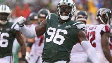 EAST RUTHERFORD, NJ - OCTOBER 29: Defensive end Muhammad Wilkerson #96 of the New York Jets celebrates a tackle against running back Tevin Coleman #26 (not pictured) of the Atlanta Falcons during the third quarter of the game at MetLife Stadium on October 29, 2017 in East Rutherford, New Jersey. (Photo by Al Bello/Getty Images)