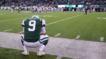 EAST RUTHERFORD, NJ - DECEMBER 24: Bryce Petty #9 of the New York Jets looks on in the fourth quarter during the Jets' 7-14 loss to the Los Angeles Chargers during their game at MetLife Stadium on December 24, 2017 in East Rutherford, New Jersey. (Photo by Abbie Parr/Getty Images)