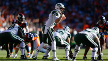 DENVER, CO - DECEMBER 10: Quarterback Josh McCown #15 of the New York Jets calls an audible during the first quarter against the Denver Broncos at Sports Authority Field at Mile High on December 10, 2017 in Denver, Colorado. (Photo by Justin Edmonds/Getty Images)
