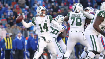 BUFFALO, NY - DECEMBER 09: Sam Darnold #14 of the New York Jets throws a pass in the fourth quarter during NFL game action against the Buffalo Bills at New Era Field on December 9, 2018 in Buffalo, New York. (Photo by Tom Szczerbowski/Getty Images)