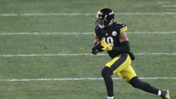 NY Jets, JuJu Smith-Schuster Mandatory Credit: Charles LeClaire-USA TODAY Sports