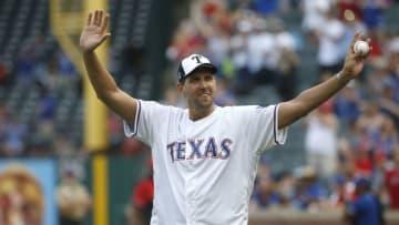 Dallas Mavericks Dirk Nowitzki (Photo by Ron Jenkins/Getty Images)