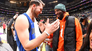 Dallas Mavericks Luka Doncic Kobe Bryant Copyright 2019 NBAE (Photo by Andrew D. Bernstein/NBAE via Getty Images)