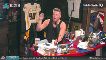 PGA Pros Can Still Fall Apart – The Pat McAfee Show