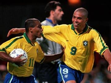 Ronaldo Nazario - Soccer Player, Romário - Soccer Striker - Born 1966
