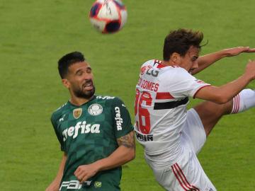 Duelo ocorre no Morumbi, pelo Campeonato Brasileiro