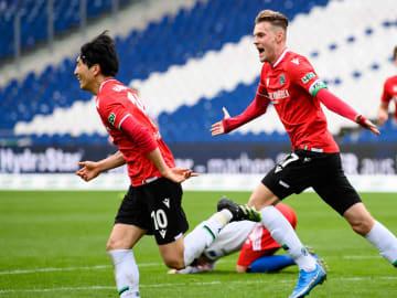Haraguchi und Ducksch stehen auf Schalkes Liste