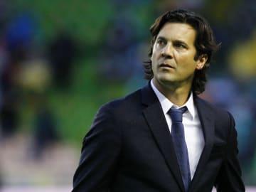 El entrenador Santiago Solari.