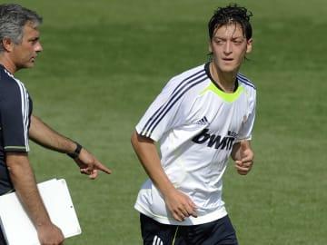 Real Madrid's new German player Mesut Oz