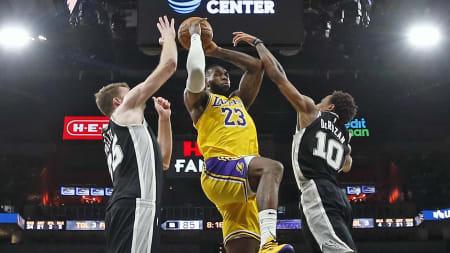 Los Angeles Lakers chocarán con los San Antonio Spurs este martes por la noche