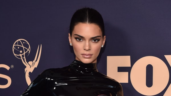 LOS ANGELES, CALIFORNIA - SEPTEMBER 22: Kendall Jenner attends the 71st Emmy Awards at Microsoft Theater on September 22, 2019 in Los Angeles, California. (Photo by Alberto E. Rodriguez/Getty Images)