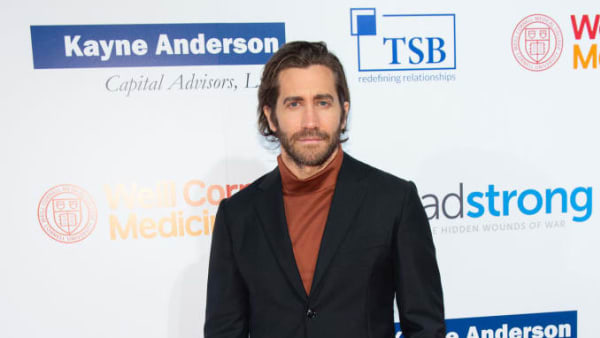 NEW YORK, NEW YORK - OCTOBER 17: Actor Jake Gyllenhaal attends the 7th Annual Headstrong Gala at Pier Sixty at Chelsea Piers on October 17, 2019 in New York City. (Photo by Mark Sagliocco/Getty Images for The Headstrong Project)