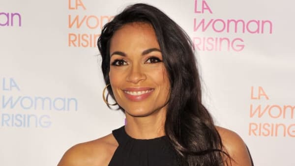 "BEVERLY HILLS, CALIFORNIA - OCTOBER 17: Rosario Dawson attends the Los Angeles premiere of ""LA Woman Rising"" at Saban Theatre on October 17, 2019 in Beverly Hills, California. (Photo by Allen Berezovsky/Getty Images)"