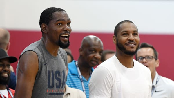 LAS VEGAS, NV - JULY 27:  Kevin Durant (L) #52 of the United States and Carmelo Anthony attend a practice session at the 2018 USA Basketball Men's National Team minicamp at the Mendenhall Center at UNLV on July 27, 2018 in Las Vegas, Nevada.  (Photo by Ethan Miller/Getty Images)