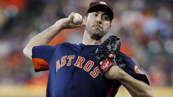HOUSTON, TEXAS - MAY 26: Justin Verlander #35 of the Houston Astros pitches in the first inning against the Baltimore Orioles at Minute Maid Park on May 26, 2019 in Houston, Texas. (Photo by Bob Levey/Getty Images)