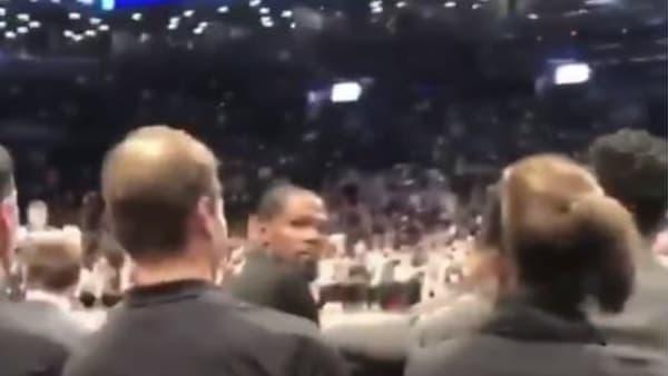 Kevin Durant durante el partido de Nets y Jazz
