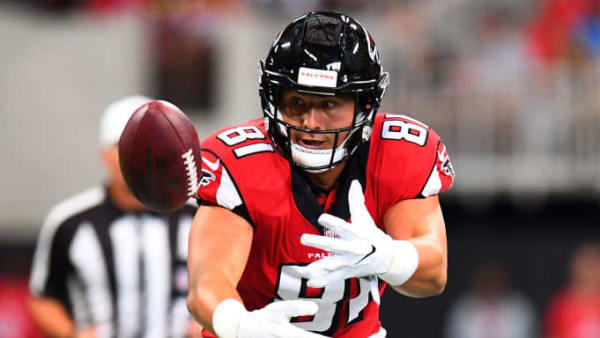 ATLANTA, GA - SEPTEMBER 16: Austin Hooper #81 of the Atlanta Falcons makes a catch during the first half against the Carolina Panthers at Mercedes-Benz Stadium on September 16, 2018 in Atlanta, Georgia. (Photo by Scott Cunningham/Getty Images)