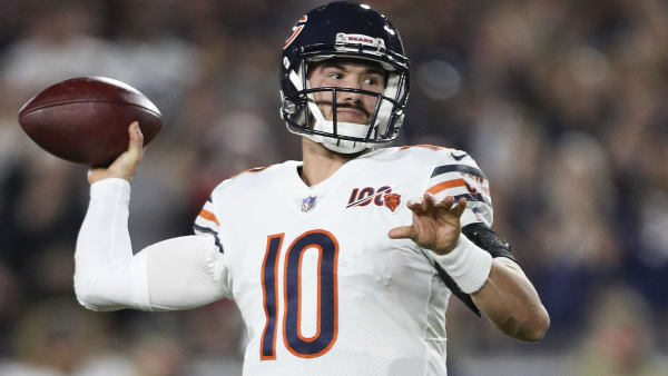 LOS ANGELES, CALIFORNIA - NOVEMBER 17: Quarterback Mitchell Trubisky #10 of the Chicago Bears looks to pass against the Los Angeles Rams at Los Angeles Memorial Coliseum on November 17, 2019 in Los Angeles, California. (Photo by Meg Oliphant/Getty Images)