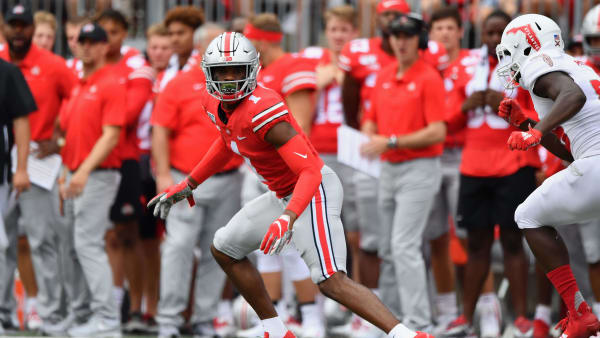 COLUMBUS, OH - AUGUST 31:  Jeff Okudah #1 of the Ohio State Buckeyes defends against the Florida Atlantic Owls at Ohio Stadium on August 31, 2019 in Columbus, Ohio.  (Photo by Jamie Sabau/Getty Images)