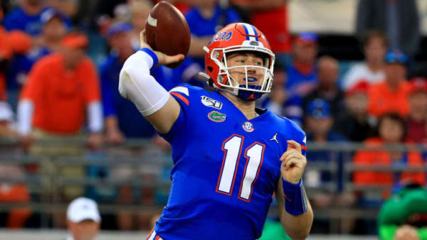 JACKSONVILLE, FLORIDA - NOVEMBER 02: Kyle Trask #11 of the Florida Gators passes during a game against the Georgia Bulldogs on November 02, 2019 in Jacksonville, Florida. (Photo by Mike Ehrmann/Getty Images)