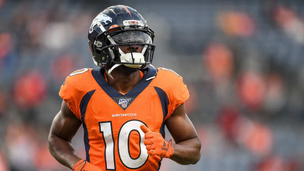 DENVER, CO - OCTOBER 17:  Emmanuel Sanders #10 of the Denver Broncos warms up before a game against the Kansas City Chiefs at Empower Field at Mile High on October 17, 2019 in Denver, Colorado. (Photo by Dustin Bradford/Getty Images)