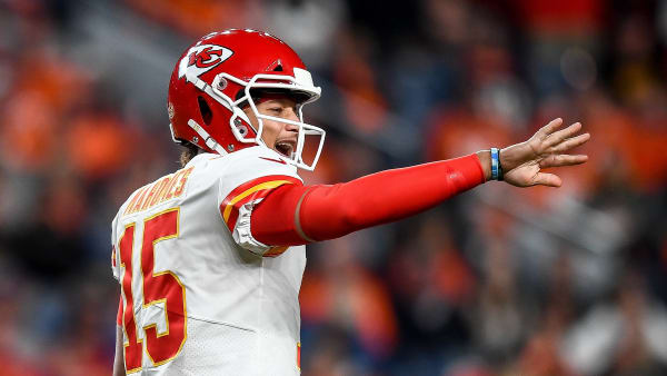 DENVER, CO - OCTOBER 17:  Patrick Mahomes #15 of the Kansas City Chiefs runs the offense against the Denver Broncos at Empower Field at Mile High on October 17, 2019 in Denver, Colorado. (Photo by Dustin Bradford/Getty Images)