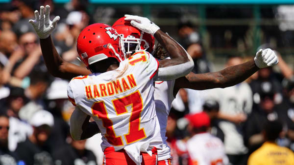 OAKLAND, CALIFORNIA - SEPTEMBER 15: Demarcus Robinson #11 of the Kansas City Chiefs celebrates a touchdown with Mecole Hardman #17 during the second quarter against the Oakland Raiders at RingCentral Coliseum on September 15, 2019 in Oakland, California. (Photo by Daniel Shirey/Getty Images)