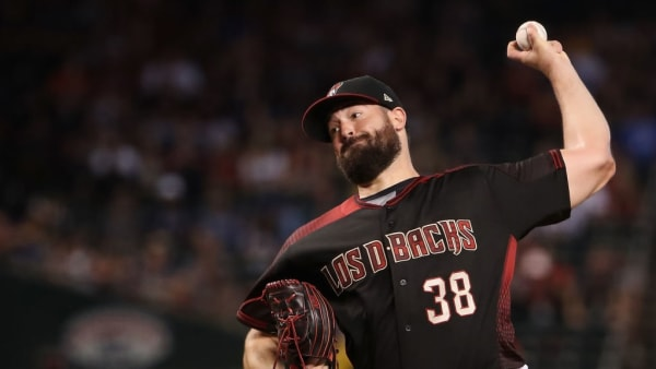 PHOENIX, ARIZONA - AUGUST 31:  Starting pitcher Robbie Ray #38 of the Arizona Diamondbacks pitches against the Los Angeles Dodgers during the first inning of the MLB game at Chase Field on August 31, 2019 in Phoenix, Arizona. (Photo by Christian Petersen/Getty Images)
